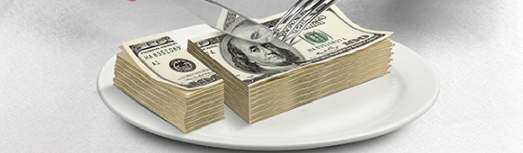 Money on a plate-378848-edited.jpg